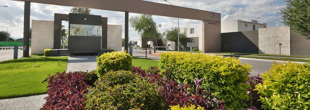 acceso-al-residencial-capellania-en-apodaca